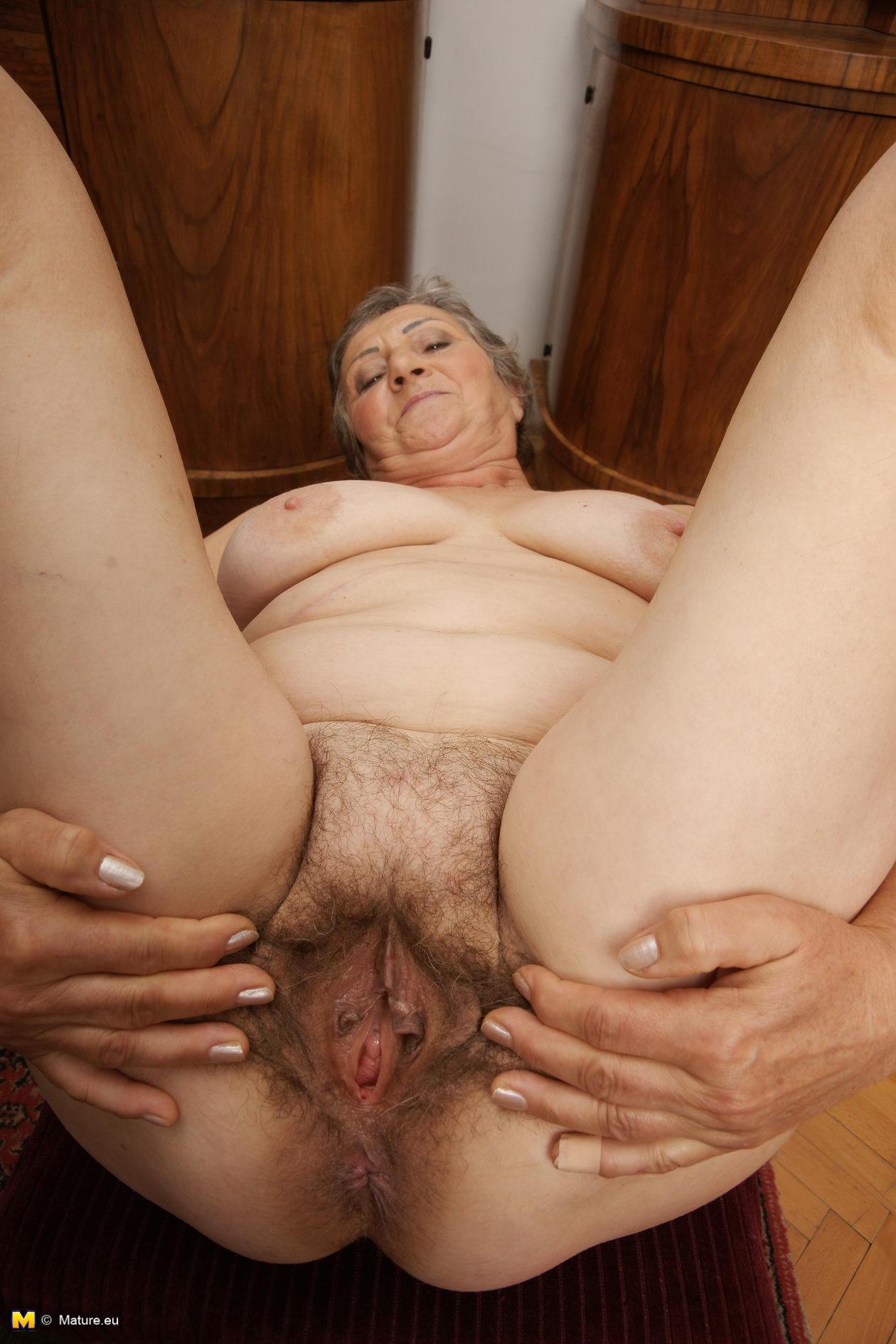 Порно фото старых матюрой